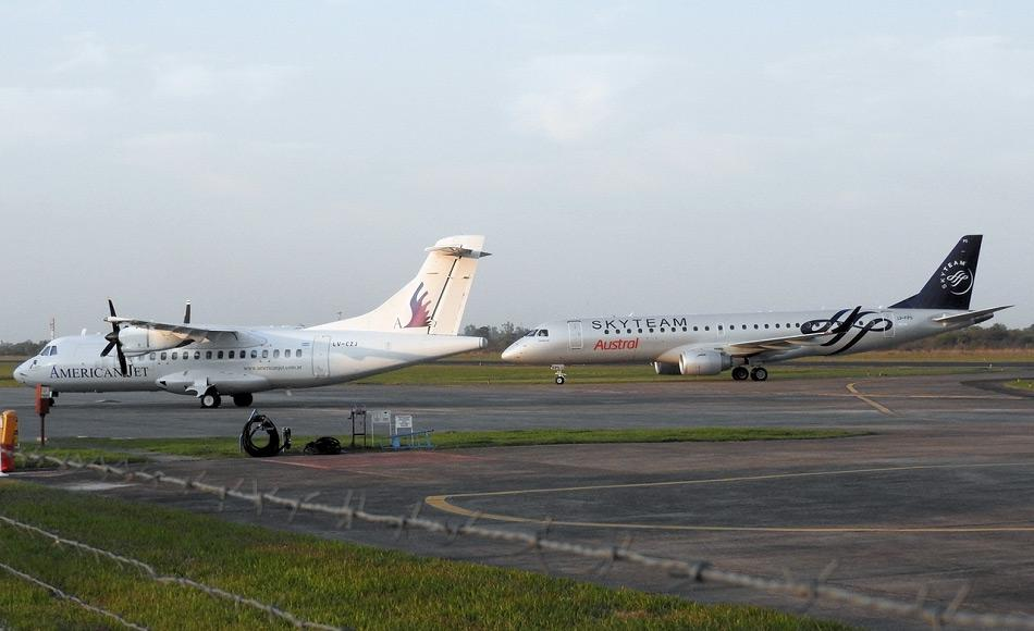 Die argentinische Airline American Jet betreibt ein Chartergeschäft mit 7 Jets und 2 Hubschraubern vor allem in Argentinien selbst. Die hauseigene ATR-42 wäre ideal für Flüge auf die Falklandinseln. Bild: Christian Martinez
