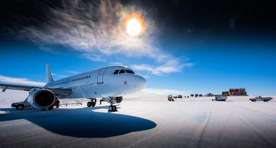 Die Gewinner des Wettbewerbs werden von Hobart aus zum Wilkins Aerodrom in der Ostantarktis fliegen. Bild: Stuart Shaw