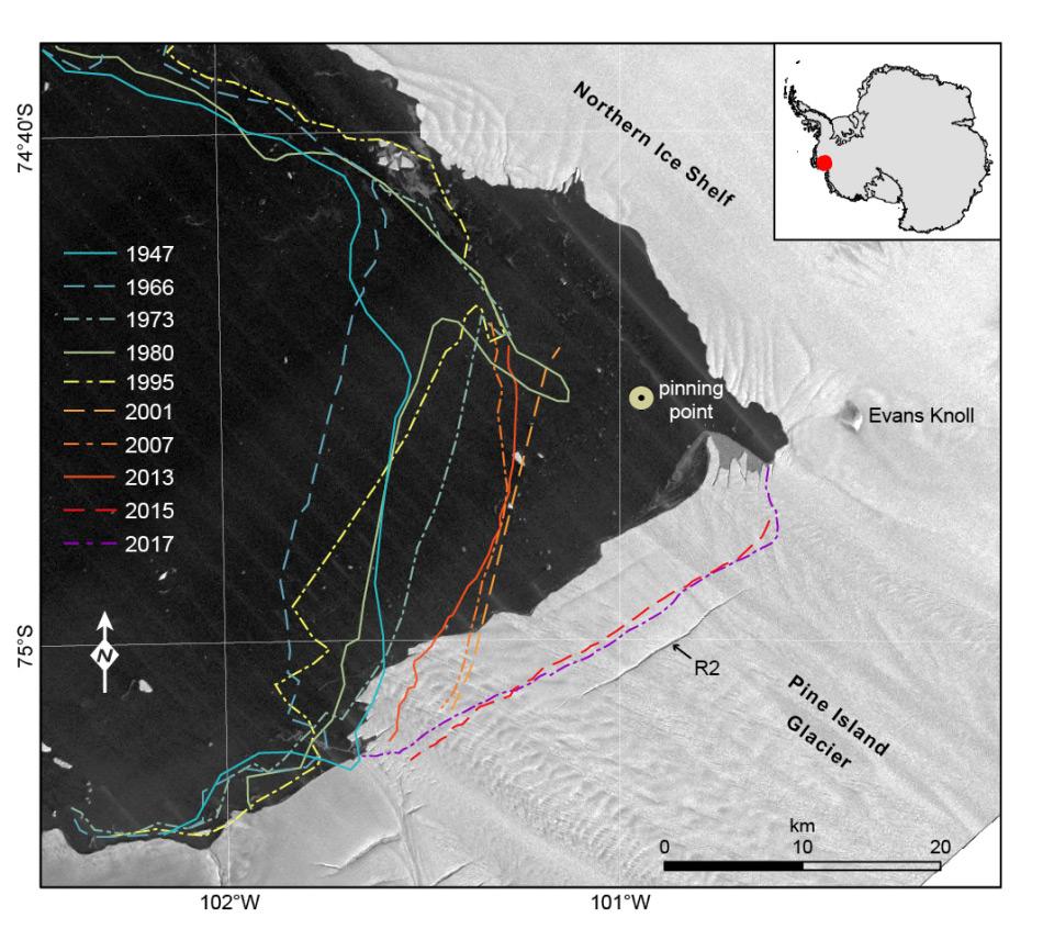 Die farbigen Linien zeigen die Front des Gletschers an bestimmten Jahren. Der plötzliche Rückzug 2015 ist in rot eingezeichnet mit dem Berg, der damals abgebrochen ist. Bild: Jan Erik Arndt