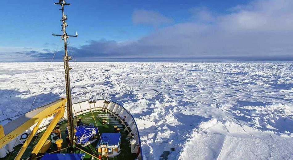 MV Akademik Shokalskiy eingeschlossen im Eis