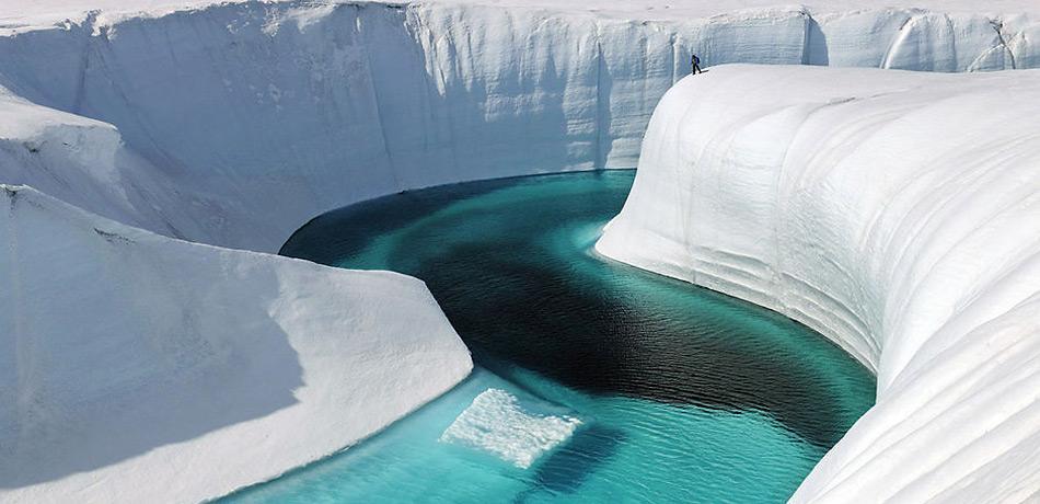 Flussläufe auf dem grönländischen Eisschild gehören heute schon zur Normalität.
