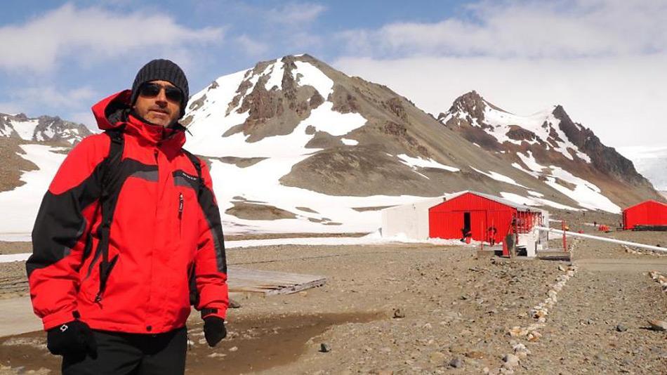 Antarctica Peru Station