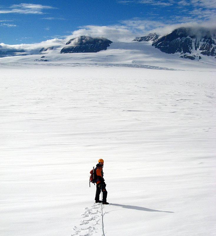 Die Überquerung des Mackay Gletschers. Foto: Richard Jones