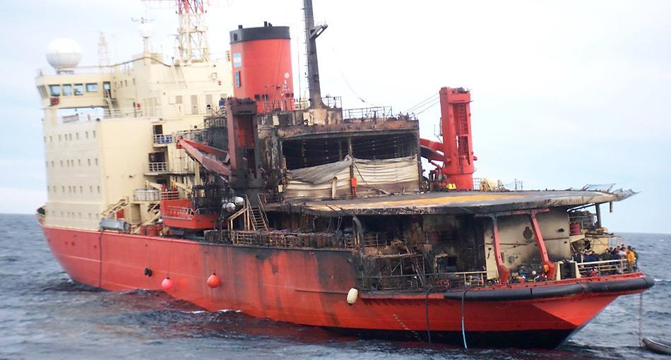 Am 10. April 2007 war das Feuer aus zunächst unbekannter Ursache im Generatorenraum ausgebrochen. Alle 296 Besatzungsmitglieder und Passagiere konnten sich mit Rettungsbooten in Sicherheit bringen.