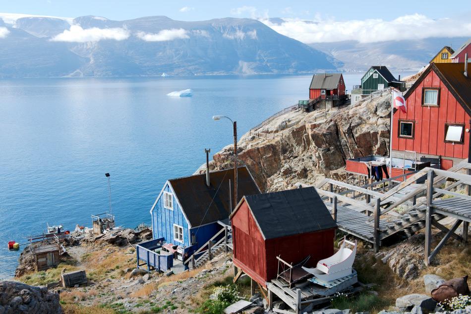 Die westliche Küste von Grönland ist der am dichtesten besiedelte Teil der weltgrössten Insel. Die Topographie und reichen Gewässer machen diese Küsten zum idealen Platz für Orte wie Uummannaq. Bild: Michael Wenger