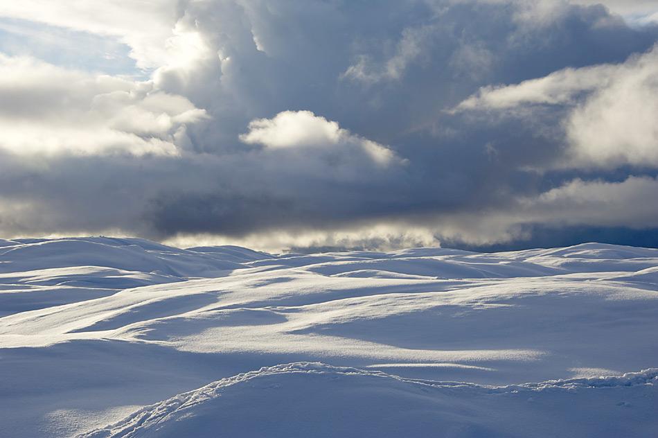 Wolken über dem Russell-Gletscher in Westgrönland. Foto von einer Glaziologen-Expedition auf den Russell-Gletscher in Westgrönland. Expeditionsleiter war AWI-Glaziologe Coen Hofstede.
