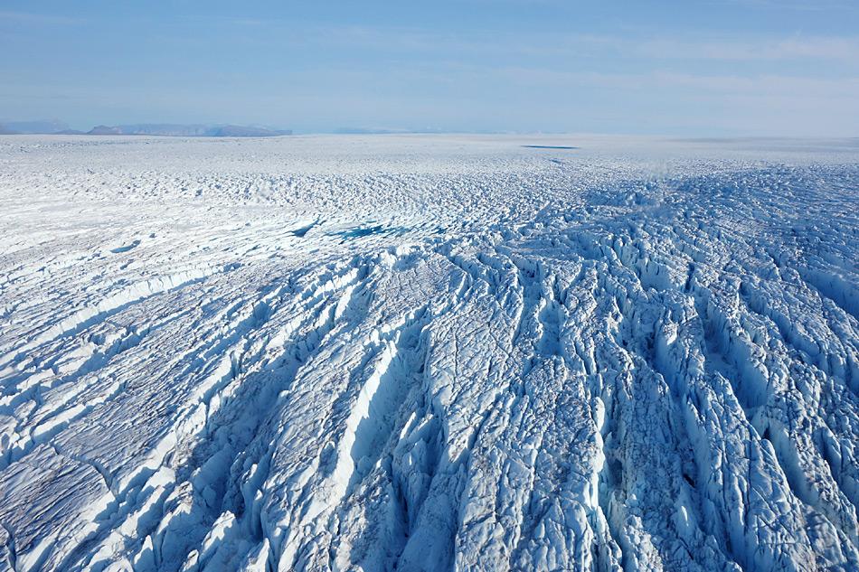 Luftaufnahme des Store-Gletschers, beim Uummannaq Fjord in Westgrönland. Foto: AWI / Coen Hofstede