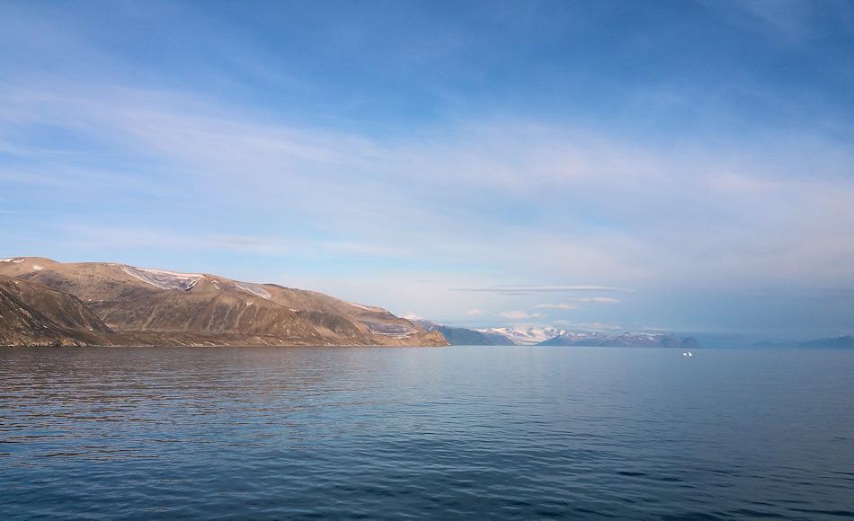 Der kanadische Küstenabschnitt der Arktis ist der längste weltweit. Vom Norden bis in den Osten von Neufundland beträgt die Länge mehr als 190'000 km. Unzählige Tiere und Pflanzen und tausende von Menschen leben an dieser Küste. Nun wurden sieben Gebiete davon unter Schutz gestellt. Bild: Michael Wenger