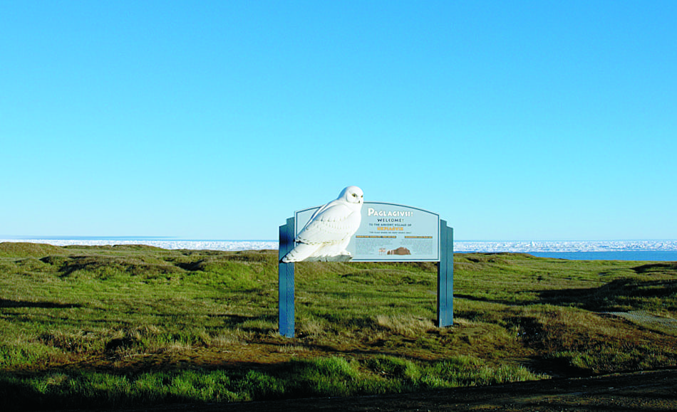 Der nördlichste Punkt des amerikanischen Kontinents bei Point Barrow war schon immer ein wichtiger Ort für arktische Völker. Hier zog eine Vielzahl von Tieren vorbei, die auf dem Speiseplan der Völker standen. Reste dieser Besiedlung sind auch heute noch zu sehen. Bild: Floyd Davidson