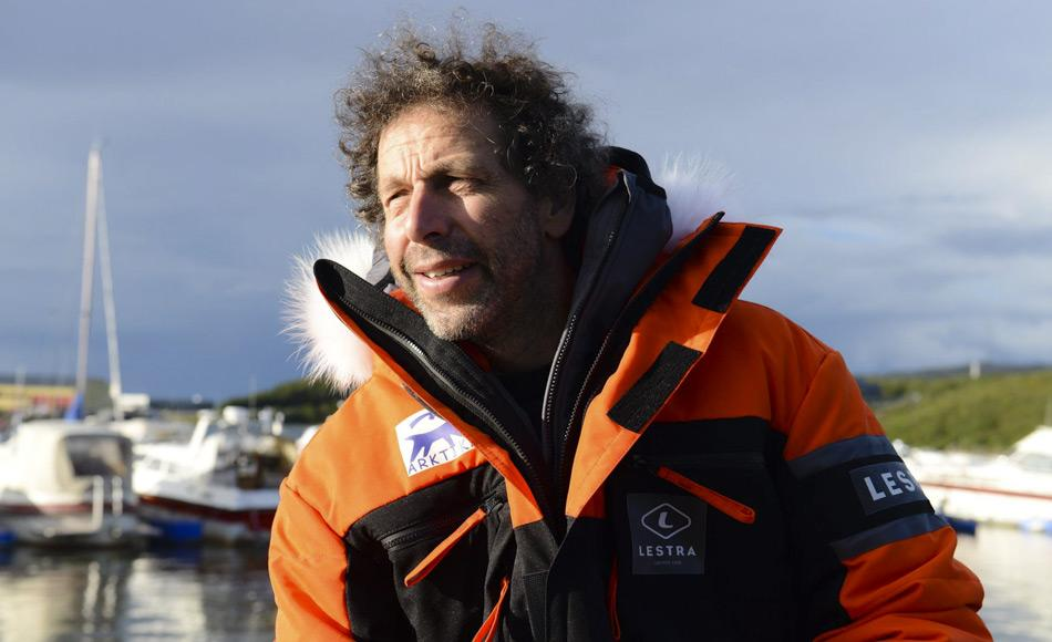 Kapitän Gilles Elkaim wurde mehrfach von den Behörden verhört, sein Computer und i-pad wurden konfisziert. Bild: Arktika/Facebook
