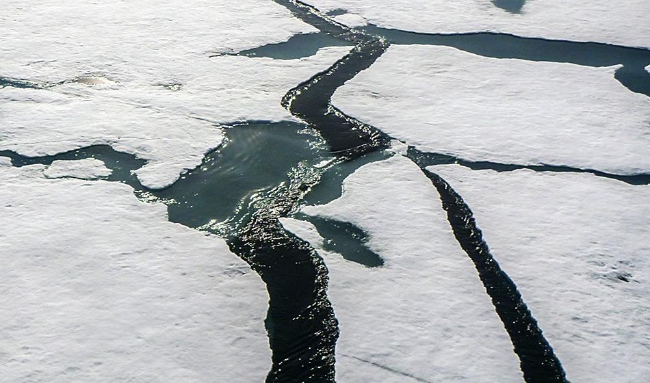 Das Eis bricht früher und früher auf in der Arktis (Foto: Katja Riedel)