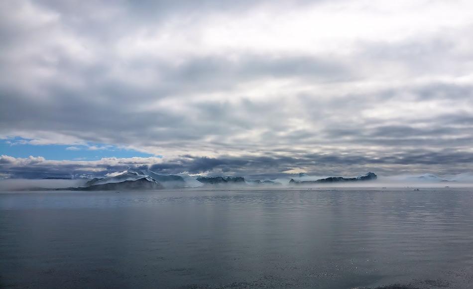 Einer der aktivsten Gletscher der Welt ist der Jakobshaven-Gletscher. Seine Eisberge treiben in den Gewässern vor Ilullissat und bilden die berühmte Eisbergallee. Bild: Michael Wenger