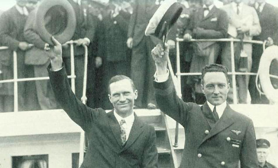 Floyd Bennet und Richard E. Byrd als gefeierte Helden bei ihrer Rückkehr.