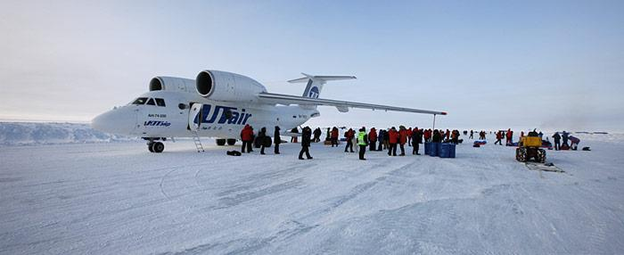 Antonov AN 74 am Nordpol