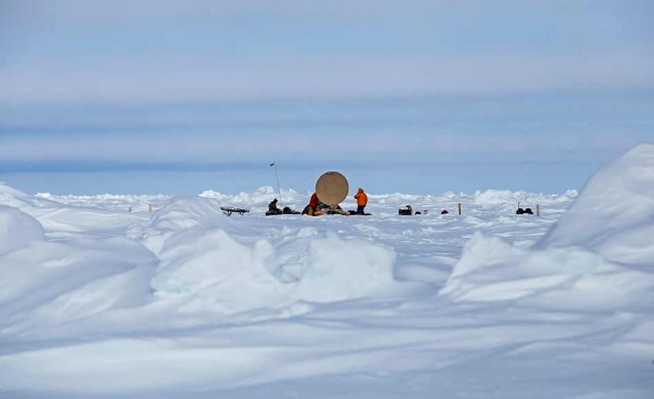 Eine Breitband-Kommunikationsverbindung wurde von einem Team norwegischer Spezialisten erfolgreich auf dem Eis getestet.