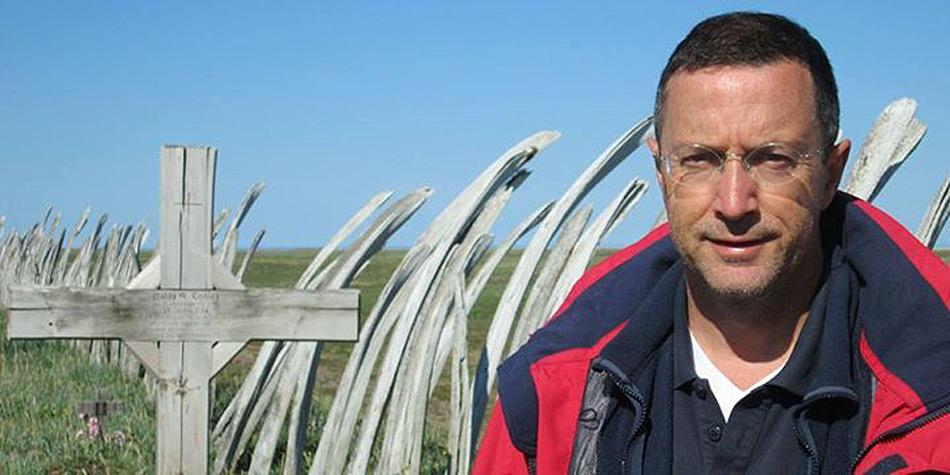 Rolf Scherer, geboren 1961 in Pirmasens, ist Reise- und Sonderreporter beim Norddeutschen Rundfunk. Er studierte Soziologie und Geografie. Als Buchautor schrieb er zuletzt den SPIEGEL-Bestseller «Wahnsinn Amerika».