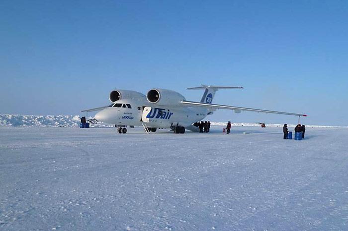 004_Antonov-74